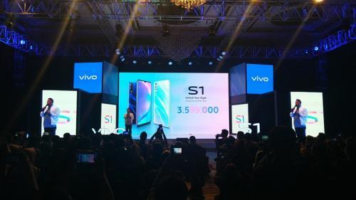 Vivo kembali menghadirkan ponsel terbarunya di pasar Tanah Air, yakni Vivo S1.