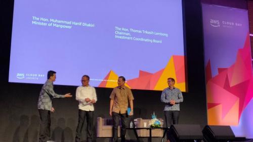 Amazon Web Services (AWS) dalam acara AWS Cloud Day Jakarta 2019 mengumumkan rencana program peningkatan keterampilan cloud computing.