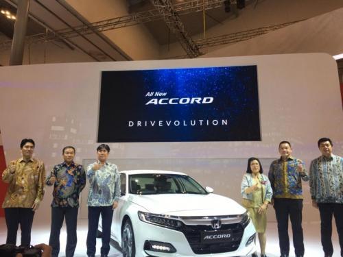 All New Honda Accord meluncur di GIIAS 2019. Foto: Medikantyo/Okezone