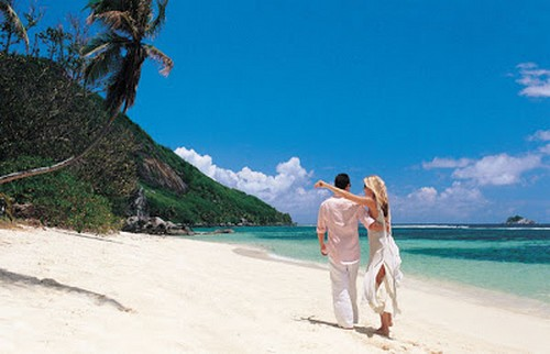Seychelles adalah negara dengan 115 pulau yang membentang di kepulauan Samudra Hindia,