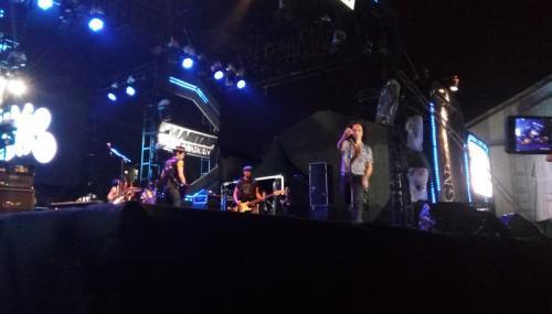 Slank tampil di Medan. (Foto: Okezone/Lidya Hidayati)