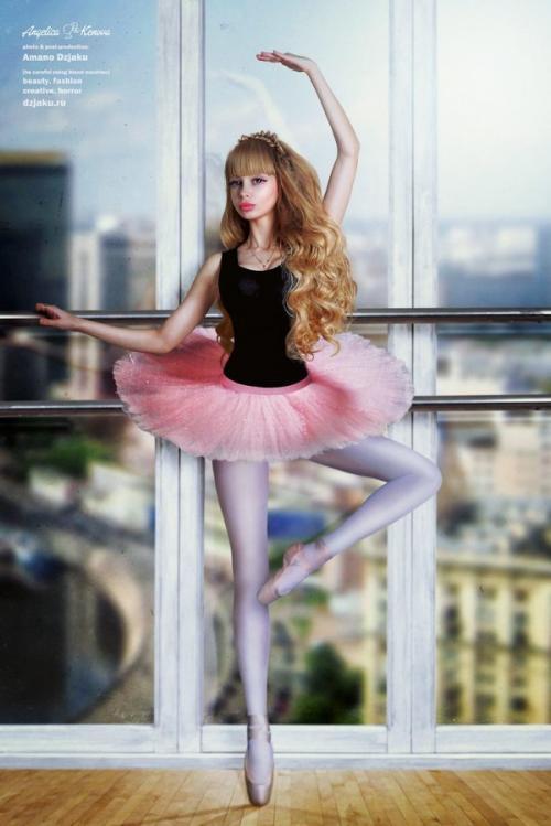 Manusia Barbie