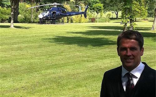 Michael Owen dan Helikopter
