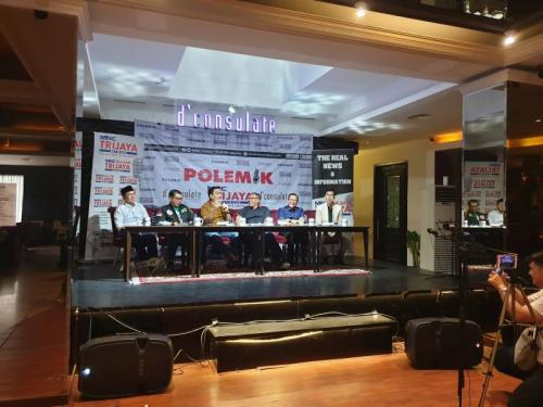 Diskusi Polemik MNC Trijaya Berjudul Ngebut Munas Parpol, Jelang Kabinet Baru di D'Consulate Resto, Jakarta (foto: Puteranegara B/Okezone)