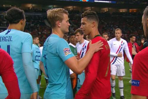 Matthijs de Ligt dan Cristiano Ronaldo