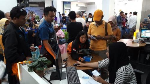 Bank Mandiri cabang Jalan Ahmad Yani, Balikpapan (foto: Amir/Sindo)