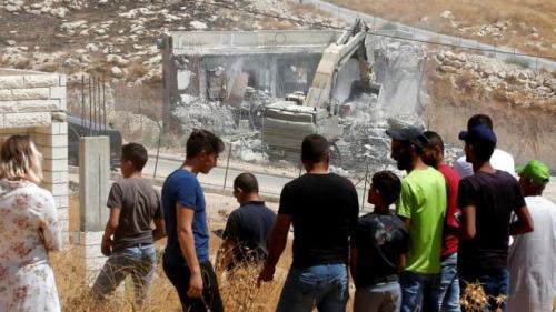 Israel hancurkan rumah warga Palestina (Foto: AFP)