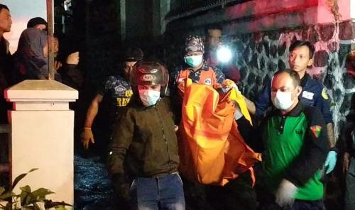 4 bocah tewas akibat kebakaran yang melanda rumah kontrakan di Batu (Foto: Avirista/Okezone)
