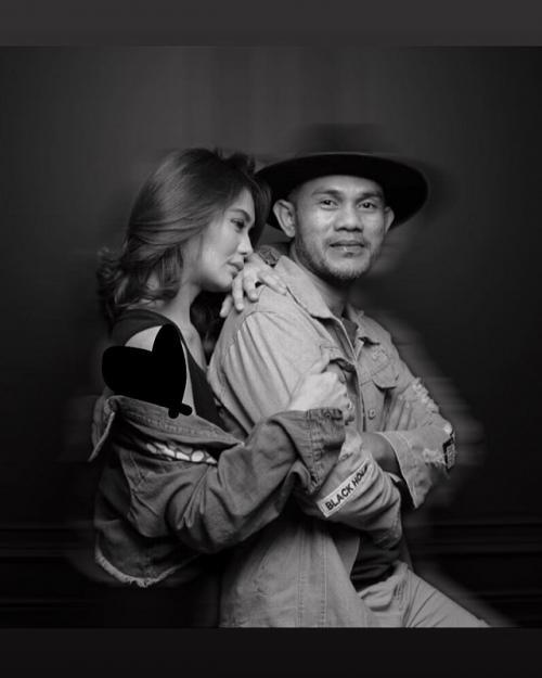 Furry Indigo menyebut, Herman Sikumbang memeluk Juliana Moechtar saat kecelakaan itu terjadi. (Foto: Instagram)