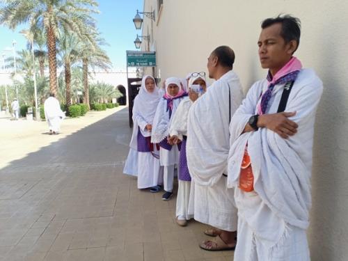 Jemaah haji mulai ibadah