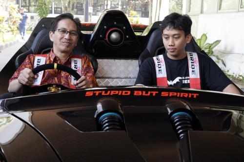 Mobil Listrik lowo Ireng Karya ITS