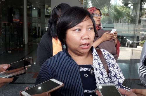 Perwakilan Masyarakat Cinta Depok, Anis Hidayah di Ombudsman (foto: Arie DS/Okezone)