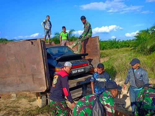Penyelundupan Mobil Sport Mewah dari Malaysia ke Indonesia (foto: Ist)