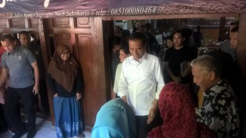 Jokowi di Solo (Foto: Bramantyo/Okezone)