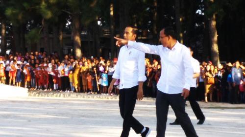Jokowi ke Geosite Sipinsur