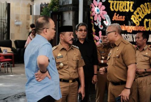 Suasana Rumah Duka Ichsan Yasin Limpo (foto: Herman Amiruddin/Okezone)