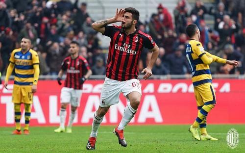 Patrick Cutrone dilepas AC Milan ke Wolves