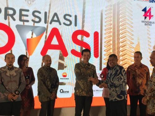 Koran Sindo dan Sindonews berikan Apresiasi Inovasi terhadap 18 perusahaan di Grand Ballroom Hotel Westin, Jakarta Selatan, Rabu (31/7/2019). (Foto : Fadel Prayoga/Okezone)