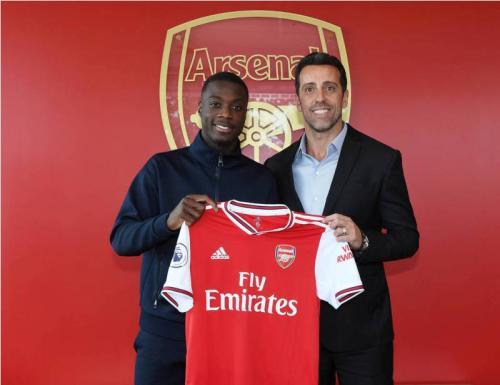 Nicolas Pepe telah resmi bergabung ke Arsenal