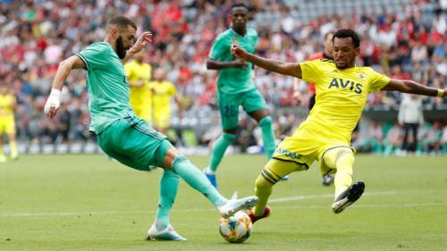 Karim Benzema vs Fenerbahce (Foto: Twitter/@realmadrid)