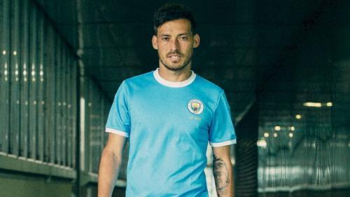 David Silva saat sedang membela Man City