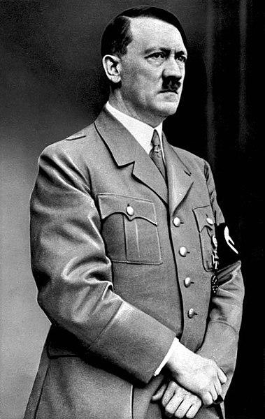 Adolf Hitler (foto: Sumber Wikipedia)