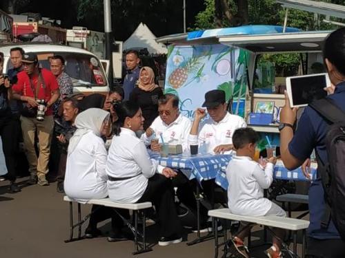 Jokowi dan JK saat family gathering di Istana Bogor. (Foto : Fakhrizal Fakhri/Okezone)