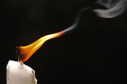 Lilin Mati Lampu