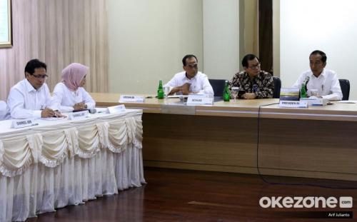Jokowi bertemu Plt Dirut PLN (Foto: Okezone)