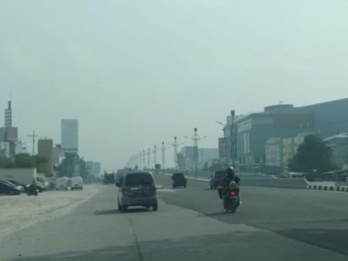 Kabut asap di Pekanbaru. (Dok Okezone/Banda Haruddin Tanjung)