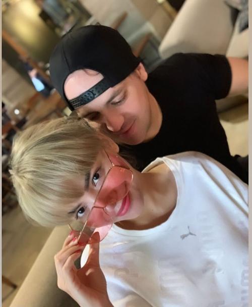 Dinar Candy dan pacar bule