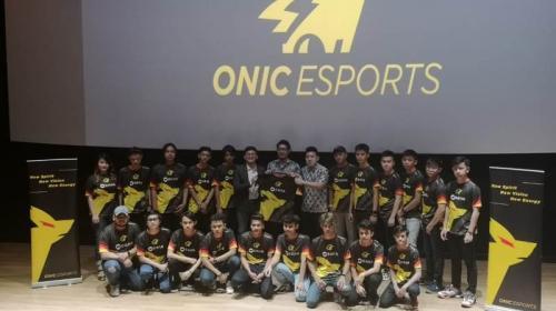 Onic Esports memiliki rencana untuk mendirikan sekolah esport di Indonesia.