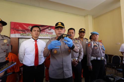 Polisi merilis penangkapan pelaku curanmor