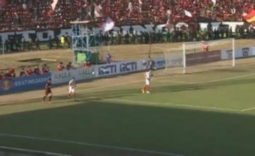 PSM Makassar unggul 1-0 atas Persija Jakarta di babak pertama