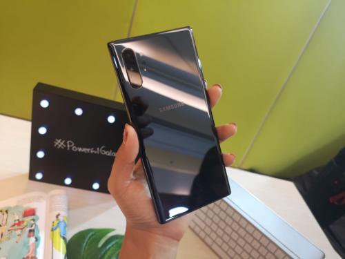 Samsung resmi meluncurkan ponsel terbarunya Samsung Galaxy Note 10 dan Note 10 Plus.
