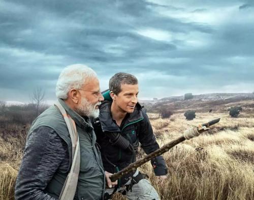 Perdana Menteri India Narendra Modi menerima tantangan Bear Grylls untuk menjelajahi kehidupan alam liar di Taman Nasional Jim Corbett, India. (Foto: Discovery Channel)