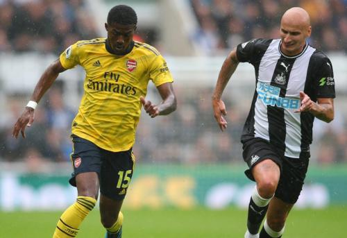 Suasana laga Newcastle vs Arsenal