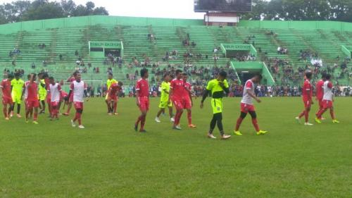 Sesi latihan Arema FC (Foto: Okezone/Avirista Midaada)