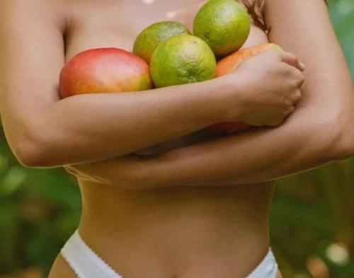 Model bikini transgender