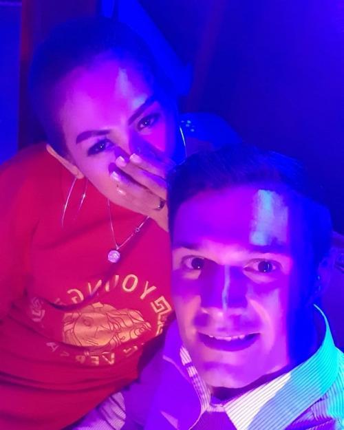Memberikan pujian pada Elly Sugigi, namun Chris Leitner memastikan hubungan mereka masih sebatas teman. (Foto: Instagram)