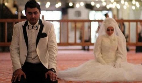 Suami harus bertanggung jawab kepada istri