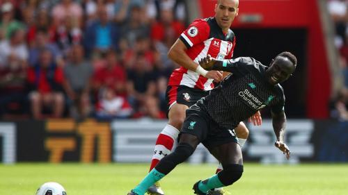 Sadio Mane nyaris gagal membobol gawang Southampton (Foto: Premier League)