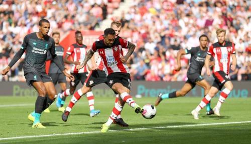 Danny Ings memperkecil kedudukan 1-2 (Foto: Premier League)