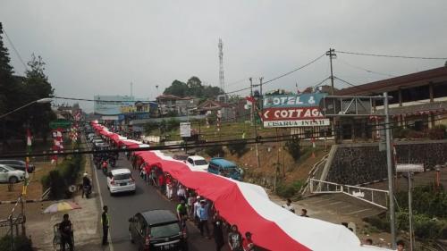 Pagelaran Bendera Merah Putih di Bogor