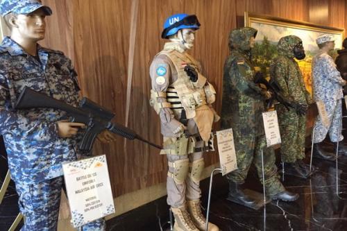 seragam militer berkualitas