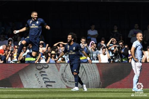Aksi Marcelo Vieira dan Karim Benzema saat sedang membela Real Madrid