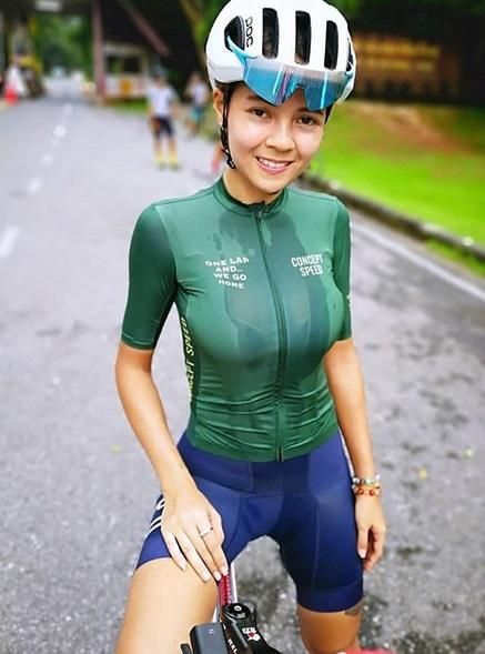 Atlet wanita