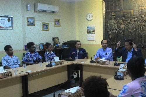 Mahasiswa asal Papua di Surabaya. (Foto: Dok Humas Unitomo)
