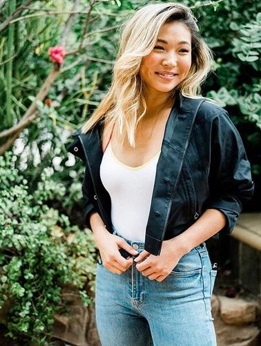 Penampilan seksi Chloe Kim