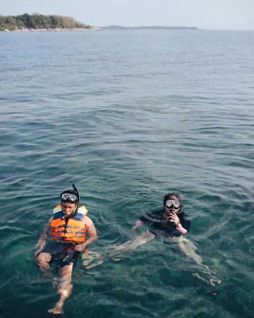 Arief snorkeling